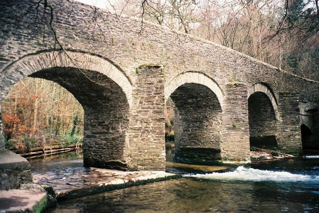 Photo of an old stone bridge, Plym Bridge