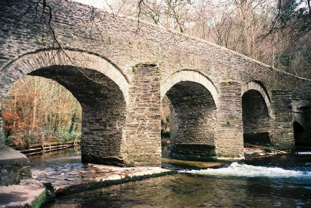 Photo of an old stone bridge, Plym Bridge
