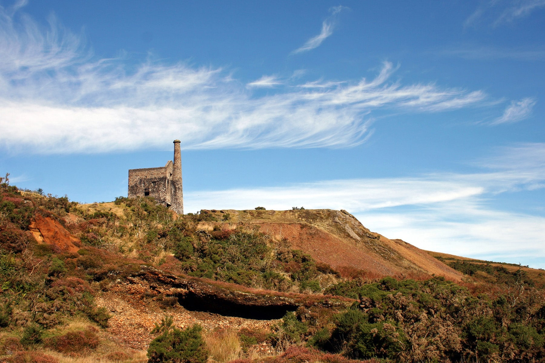 Landscape photo of mine buildings at Devon Great Consuls