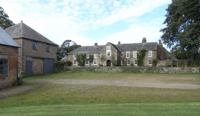 Photo of Tetcott Mano House and outbuildings