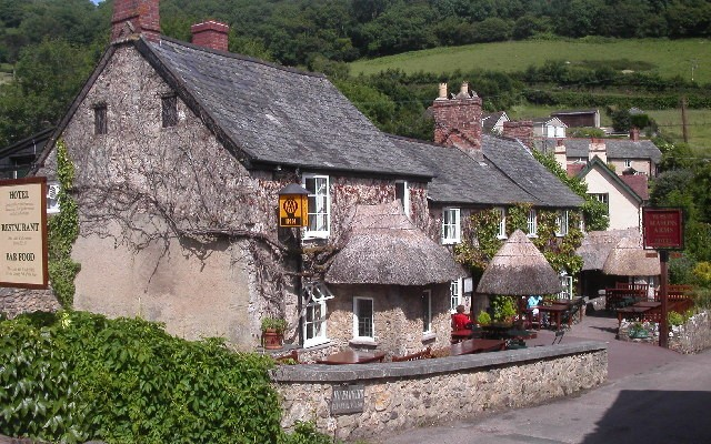 Photo of an old public house, The Mason Arms, at Branscombe