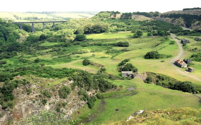 Landscape photo of Meldon quarry and viaduct